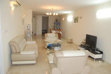 Cho thuê căn hộ diện tích 145m2 tại tòa P Ciputra Hà Nội 9